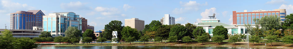 Paysage urbain panoramique d'Huntsville, Alabama photos stock