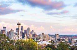 Paysage urbain scénique de Seattle de vue dans le temps de coucher du soleil, Washington, Etats-Unis Images stock