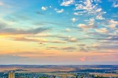 Paysage vibrant avec les cieux gentils photo libre de droits