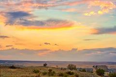 Paysage vibrant avec les cieux gentils photographie stock libre de droits
