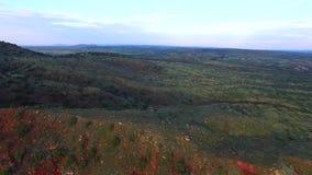 Paysage visuel aérien de montagne banque de vidéos