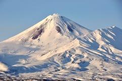 Paysage volcanique de bel hiver Image libre de droits