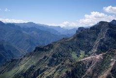 Paysages des canyons de cuivre dans le chiwawa, Mexique Photos libres de droits