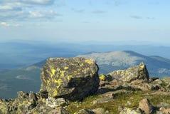 paysages Haut-montagneux des Monts Oural du nord photographie stock