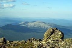 paysages Haut-montagneux des Monts Oural du nord photos libres de droits