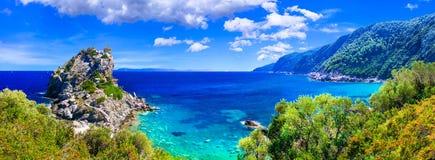 Paysages stupéfiants de Sporades, île de Skopelos photo libre de droits