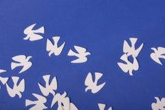 Paz de los juguetes de los animales de las palomas Fotografía de archivo