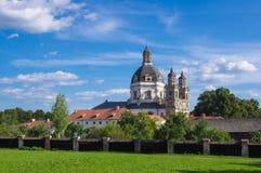 Pazhayslissky kloster i Kaunas Arkivbild