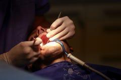Paziente al dentista Immagine Stock