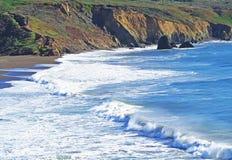 Pazifikküste-Strand, Kalifornien Stockfotos
