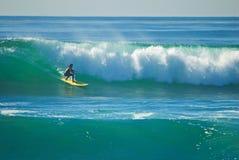 Pazifischer Surfer stockfotografie