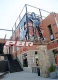 PBR-tecken på basebollarenabyn, i stadens centrum St Louis Arkivfoto
