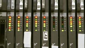 PBX-schakelaarlading, knipoogjekleur leds stock footage