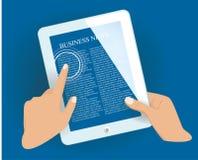 PC de la tableta con la página de las noticias. Imagen de archivo