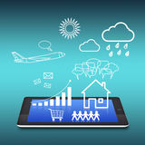 PC de la tablilla con la comunicación de la nube libre illustration