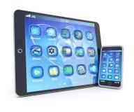 PC e smartphone da tabuleta com aplicações 3d Foto de Stock Royalty Free