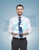 PC joven de With Tablet de la empresaria Imágenes de archivo libres de regalías