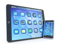 PC y smartphone de la tablilla con las aplicaciones 3d Foto de archivo libre de regalías