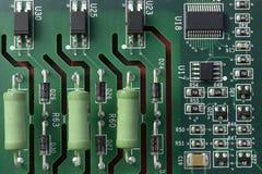 PCB晶体管和电容器 免版税图库摄影