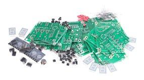 PCBs con diversos componentes electrónicos Fotos de archivo libres de regalías