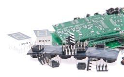 PCBs con diversos componentes electrónicos Fotos de archivo