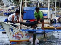 Pêche artisanale de thon de truite saumonnée dans Philippines#25 Images stock