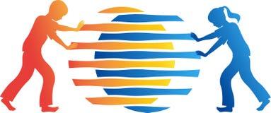 Pchnięć dzieci okręgu łączny przyrodni logo ilustracja wektor