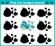 Pädagogisches Kinderkarikaturspiel für Kinder des Vorschulalters Finden Sie den rechten Schatten eines räuberischen Fisches des d Lizenzfreies Stockbild