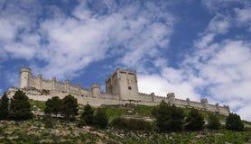 Peñafiel Castel, Valladolid, Castile-Leon, Espanha imagem de stock