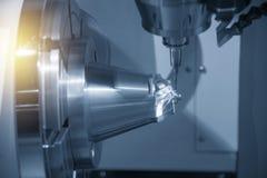 A peça aeroespacial do corte de máquina da trituração do CNC de 5 linhas centrais fotos de stock royalty free