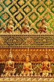Peça da parede no templo de Wat Phra Kaeo Fotografia de Stock Royalty Free