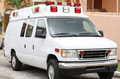 Peça lateral de uma ambulância branca Imagens de Stock Royalty Free