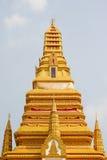 Peça superior do pagoda dourado Fotos de Stock Royalty Free