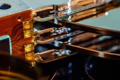 Peças eletrônicas e placas do interior da movimentação de disco rígido Reparo da eletrônica do computador imagens de stock