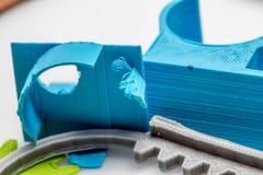 Peças impressas coloridas usando a impressora 3d Fotografia de Stock Royalty Free