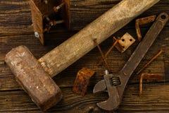 Peças sobresselentes e instrumentos fotografia de stock royalty free