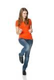 Pełna długość pomyślny młody żeński pokazywać tak Zdjęcie Stock