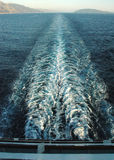 pełna wypłynięcia statku na prędkość obrazy stock