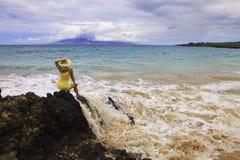 pełnoletnia plażowa środkowa kobieta obraz stock
