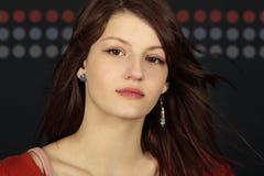 pełnoletniej zamkniętej dziewczyny głowy czerwony nastoletni up Obrazy Royalty Free