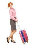 Pełny długość portret Biznesowa kobieta w podróży służbowej standi Zdjęcia Royalty Free