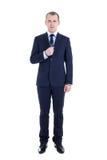Pełny długość portret młody męski reporter z mikrofonu isol Zdjęcie Royalty Free