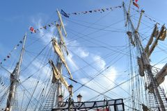 Pełny otaklowany dziejowy statek Belem Greenpeace zakotwicza jako na wolnym powietrzu muzeum odwiedzać przy Wenecja lagune obraz stock