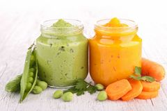 Pea and carrot puree Stock Photography