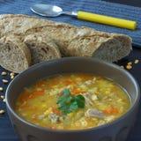 Pea Soup hecho en casa caluroso Imagenes de archivo