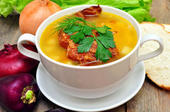 Pea soup with smoked pork ribs Royalty Free Stock Images