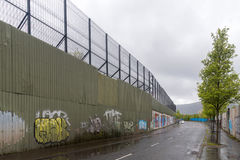The Peace wall in West Belfast, Northern Ireland Stock Photography