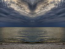Peacebird nebuloso, mar Báltico imagens de stock royalty free