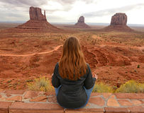 Peaceful moment in Monument Valley while meditating Royalty Free Stock Photos