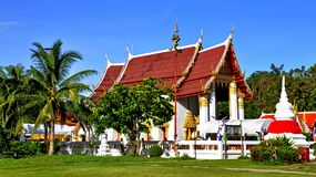 Peaceful Thai temple Wat Phai Lom and its chedi Stock Photo